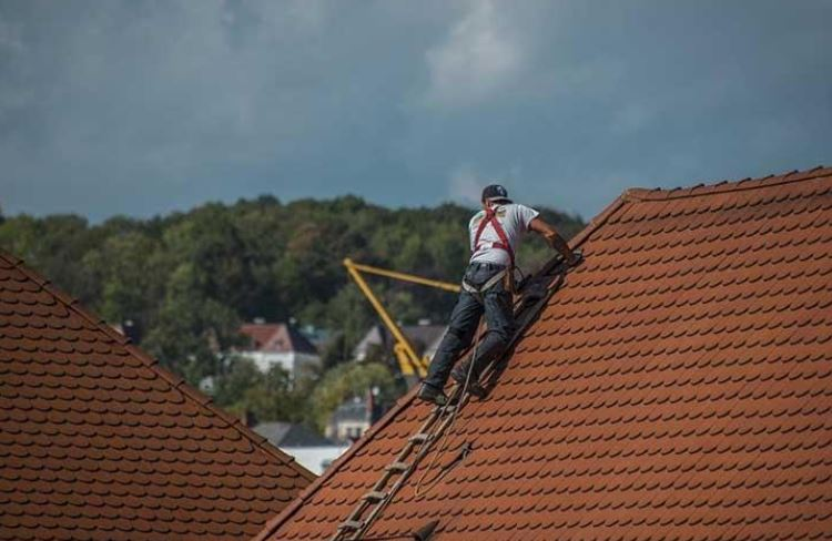 6 Key Questions to Ask Before Hiring an Huntsville Roofing Contractor