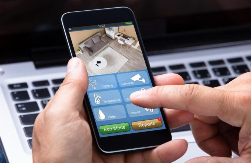 5 Ways to Use Your Phone with Your Home Automation System
